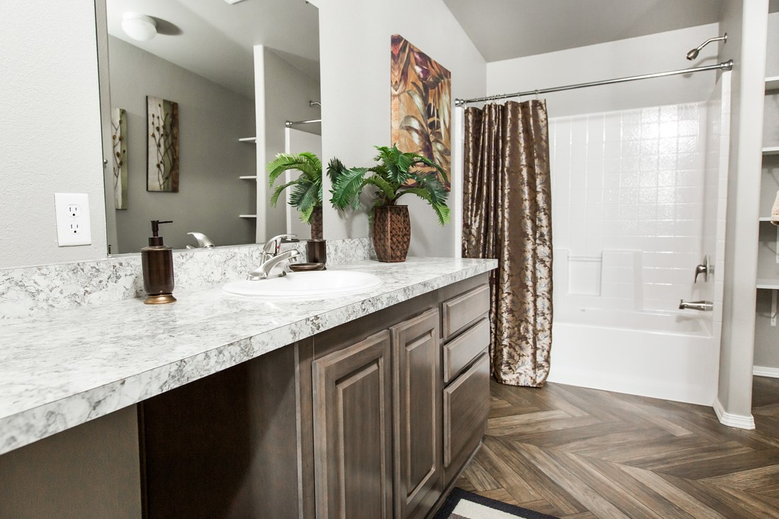 The 2848A MOUNTAIN LEDGE Master Bathroom. This Manufactured Mobile Home features 3 bedrooms and 2 baths.